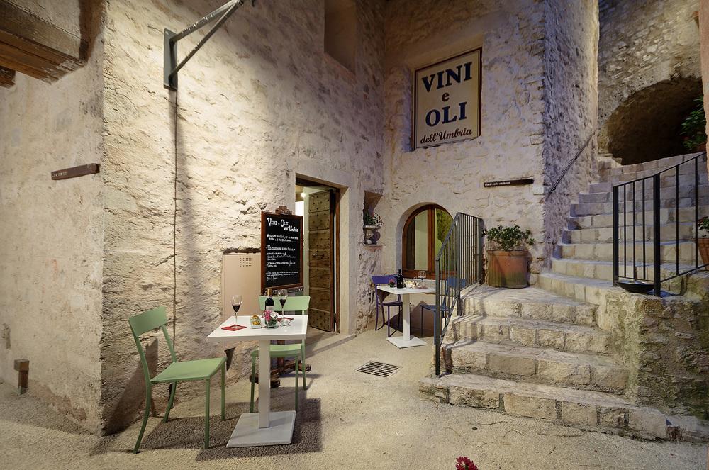 wine bar  vini e oli dell'umbria
