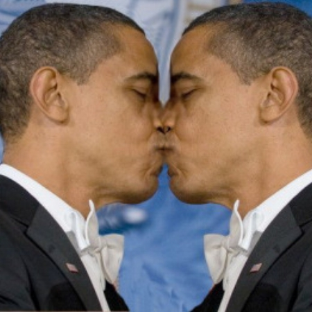 Obama_KissingSelf350.jpg
