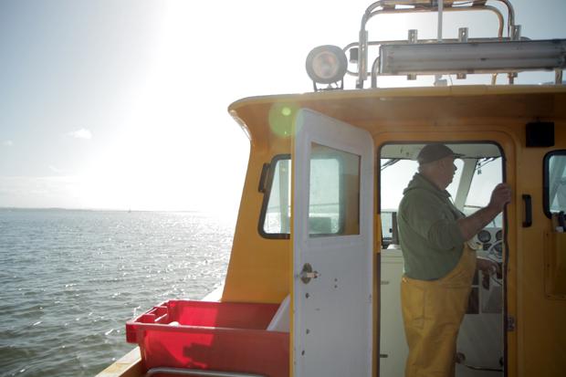 09_boat-man.jpg