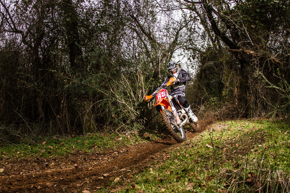 TSCEC AA rider Drew Higgins preparing for the first National Enduro.  Photo by  Travis Kincaid   Drew is supported by:  SMS Racing KTM  Moose Racing  Silkolene  Renthal  Clockwork KTM  Bullet Proof Designs  FMF   DT1 Filters