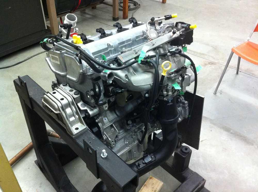 Engine sitting on mount.