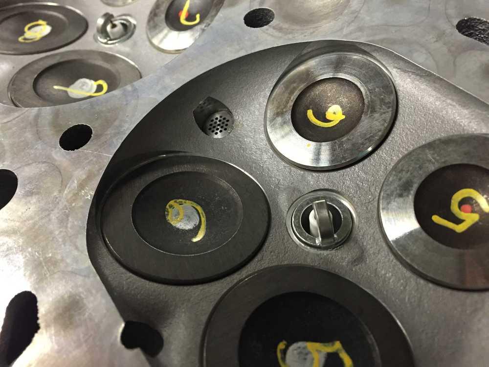 Close up of cylinder pressure sensor hole to cylinder.