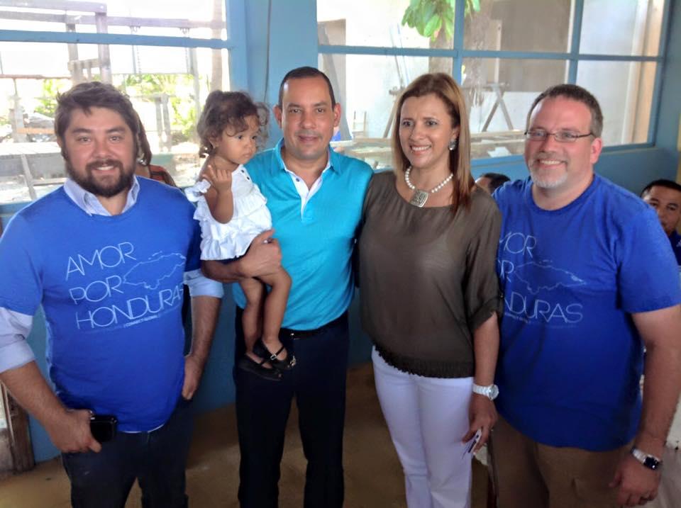 Javier Mendoza, Mayor Carlos Aguilar, Director of Dinaf Rosa, and Travis Moffitt.