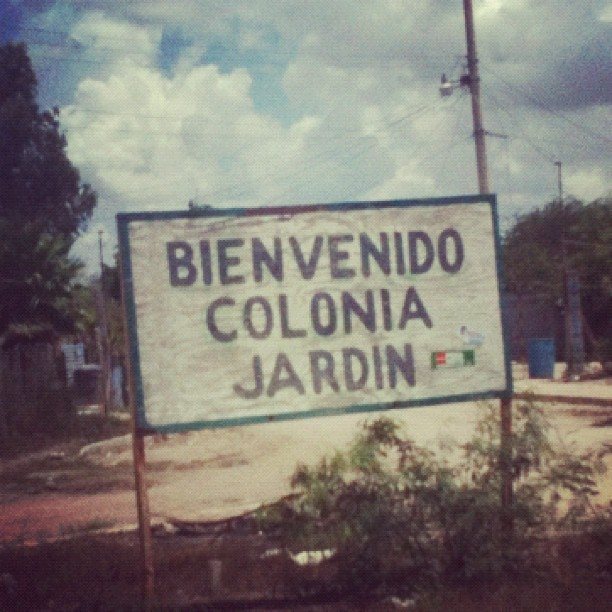 Welcome to Jardín Colonial    Taken at Circuit Riders MM