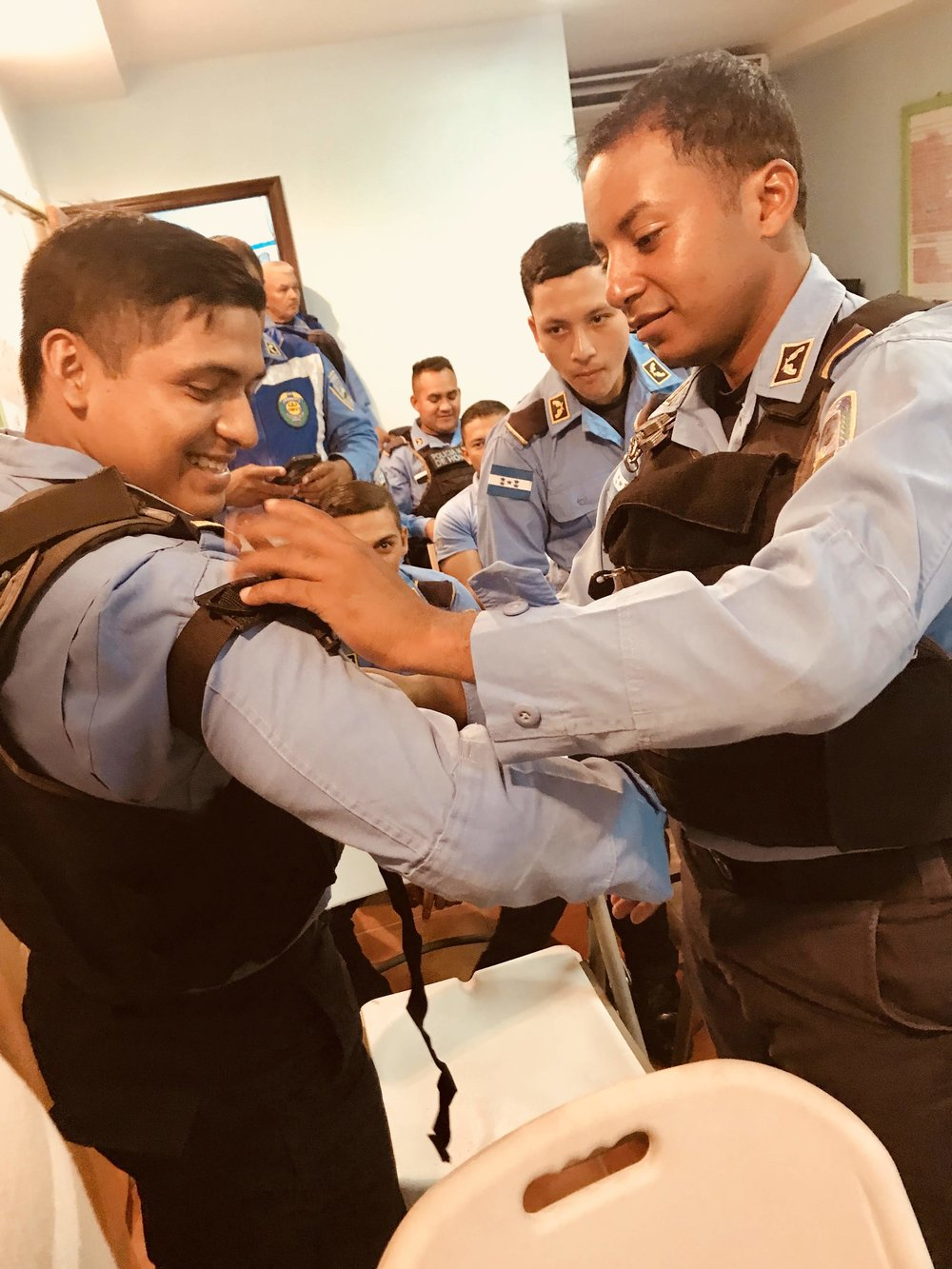 Connect Global First Responder Training in La Ceiba Honduras helped many officers learn how to provide life saving treatment to their brothers and sisters on the police force.