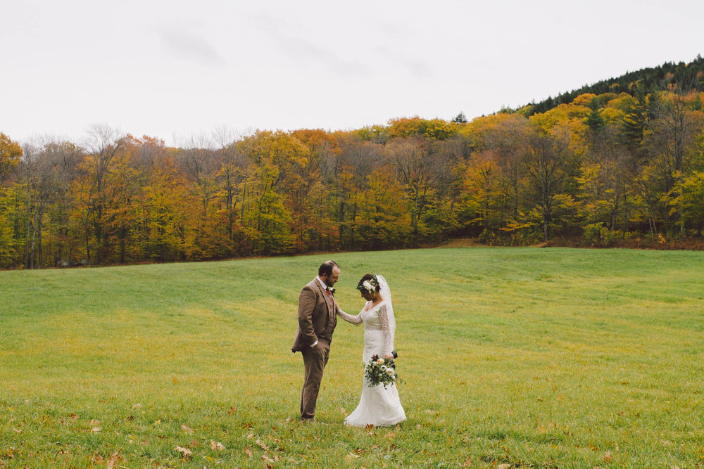 Grafton, Vermont Wedding Alexandra + DeanView Story