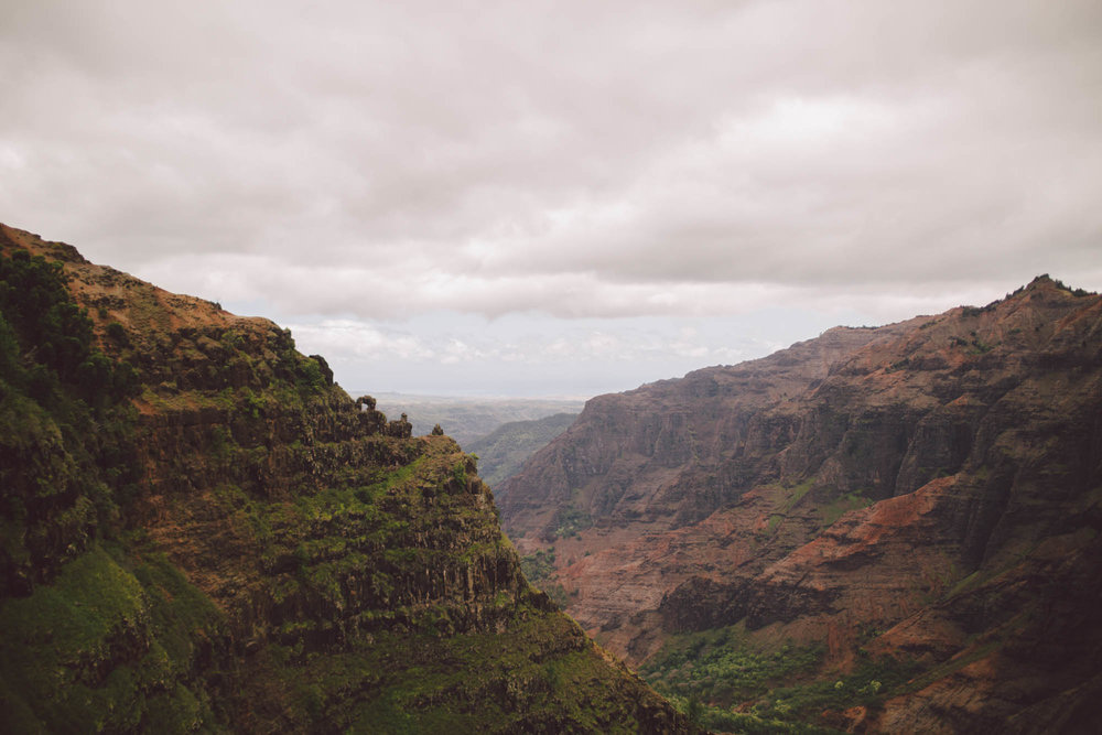 waimea canyon adventure elopement engagement kauai wedding