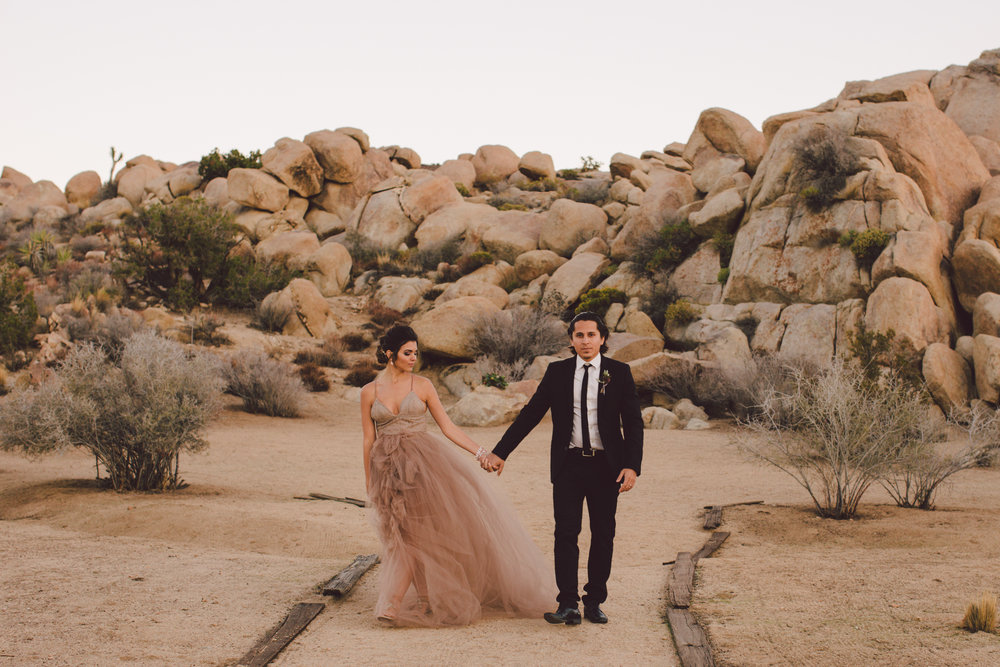 The ruin joshua tree yucca valley elopement wedding