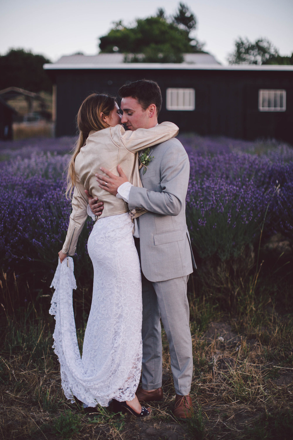 boho backyard petaluma wine country wedding