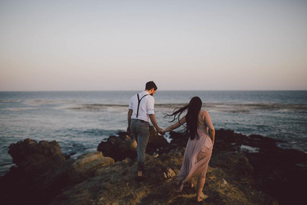 malibu-elopement-engagement-leo carrillo-beach
