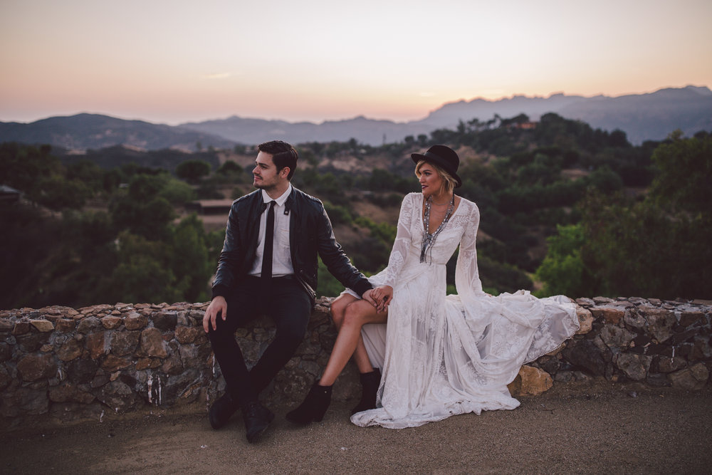 romantic-sunrise-malibu-wedding-stonewall ranch