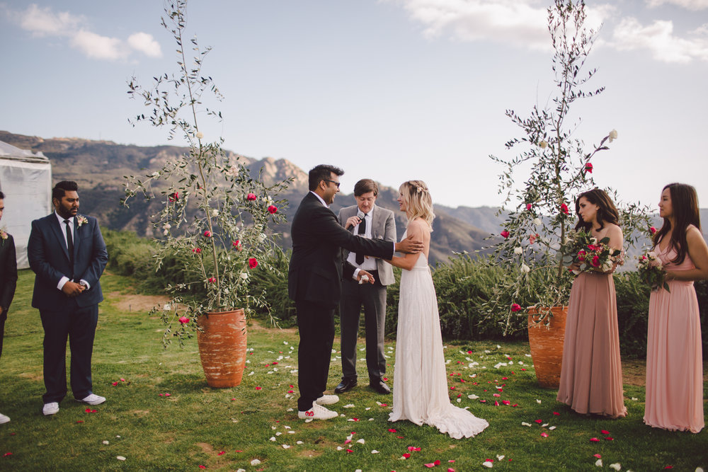 malibu-wedding-backyard-celebration-ceremony