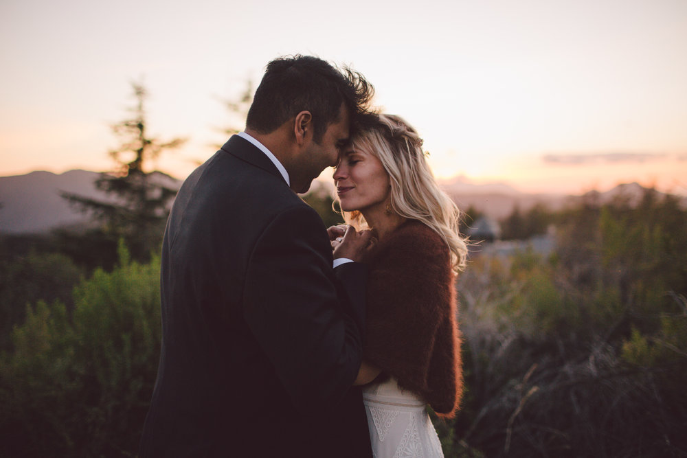 sunset-malibu-elopement-wedding-intimate-boho