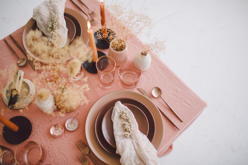casa de perrin bohemian modern free spirited table decor