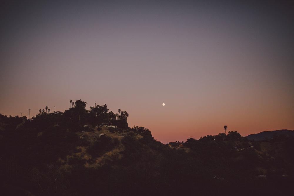 ojai pink mountain sunset full moon wedding