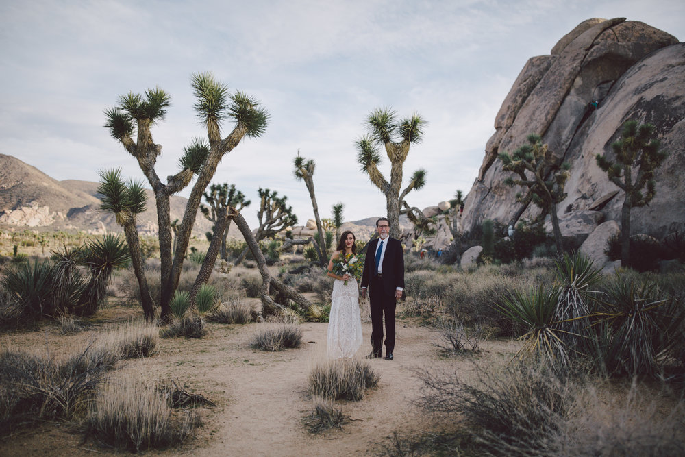 joshua tree national park wedding cap rock ceremony elopement