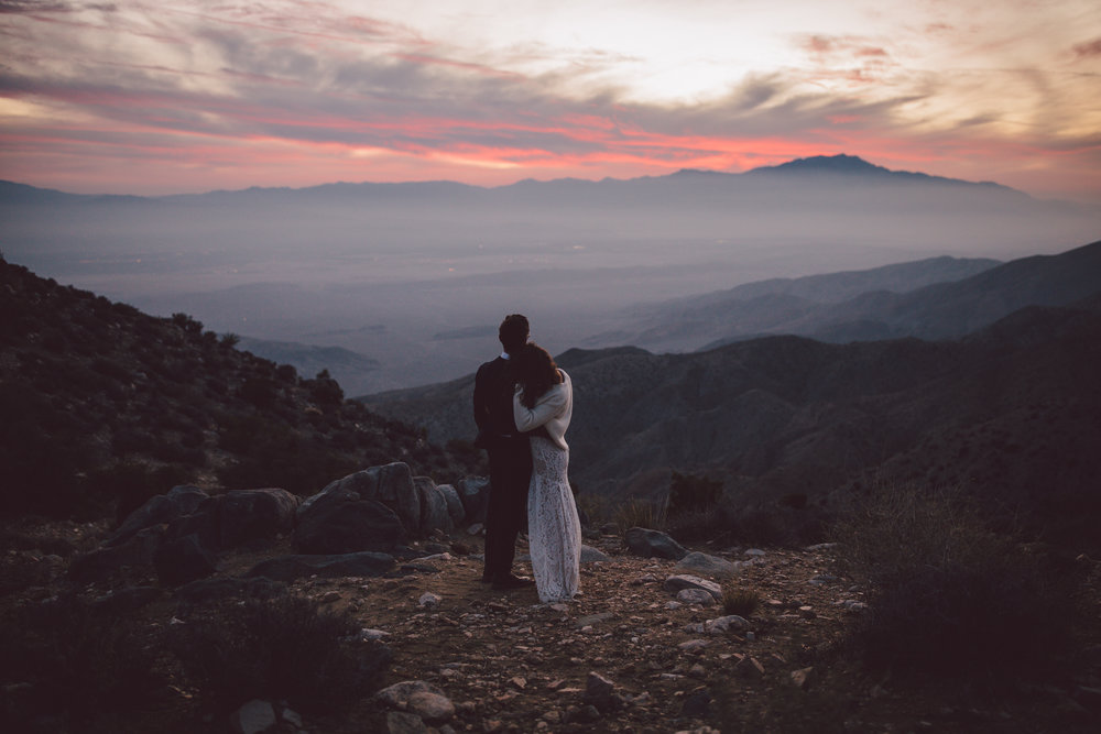 keys view sunset elopement intimate joshua tree