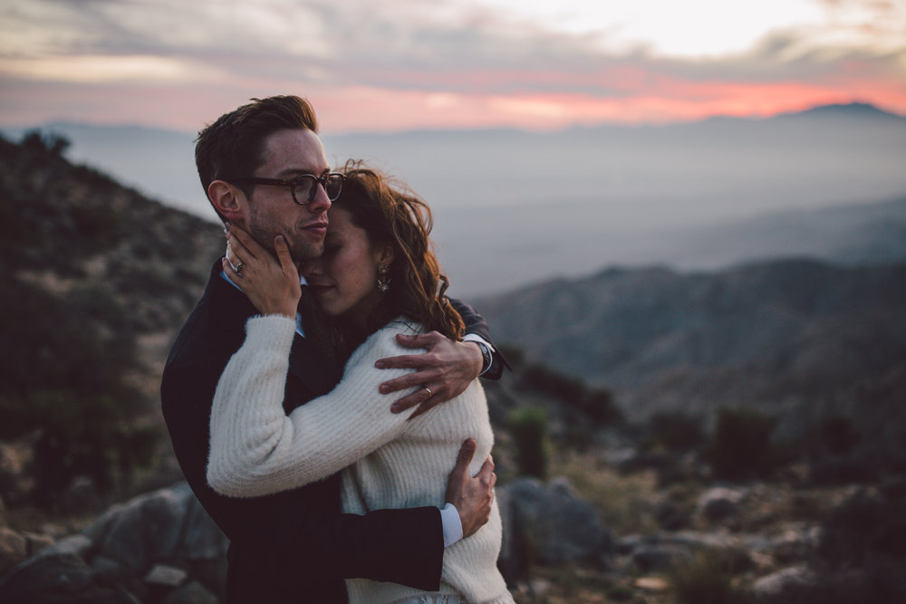 intimate adventure keys view sunset elopement joshua tree desert