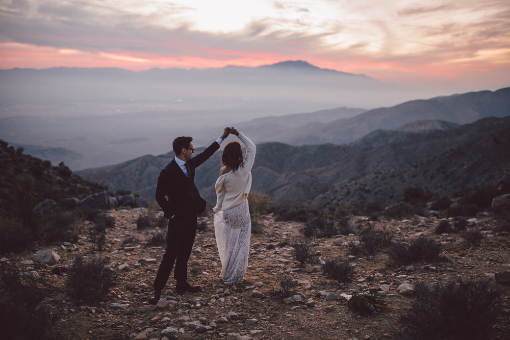 boho elopement joshua tree keys view sunset
