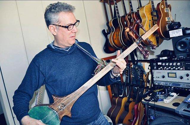 Check out this Dramyin that Billy Seidman got on his travels to Tibet! Six strings, but tuned in pairs so the tuning is CC FF BbBb (below C) • How have your travels inspired you in music & in your writing?? Let us know!! • #travelthrowback #dramyin #SongArts