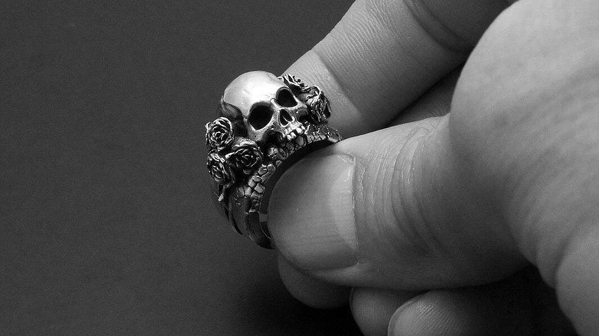 skull_roses_sterling.jpg