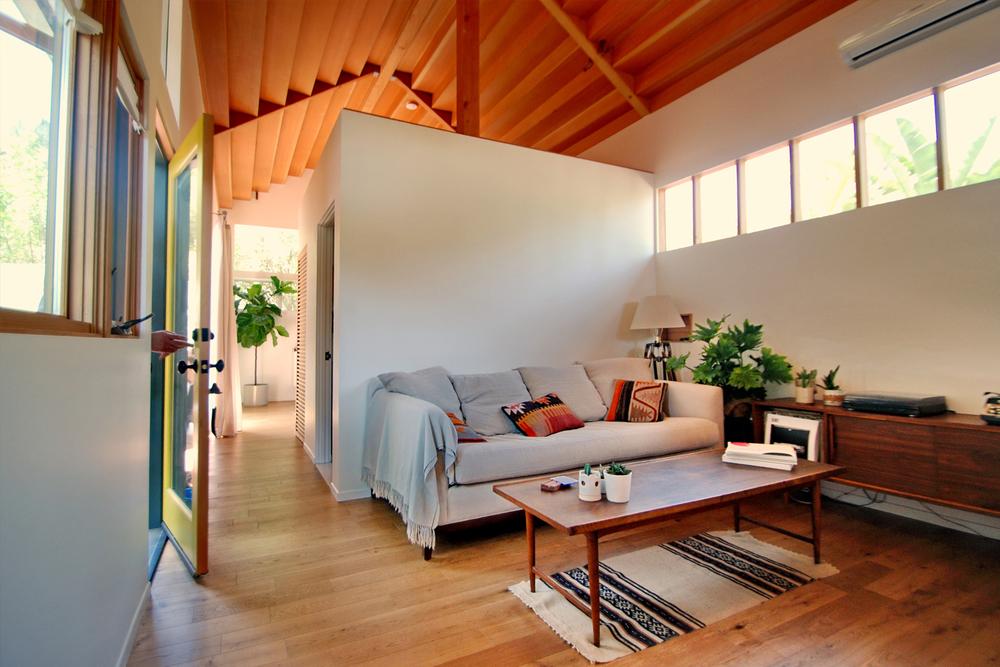 10-bunch-design-elysian-cottage-living-bathroom-photobyMichaelLocke.jpg