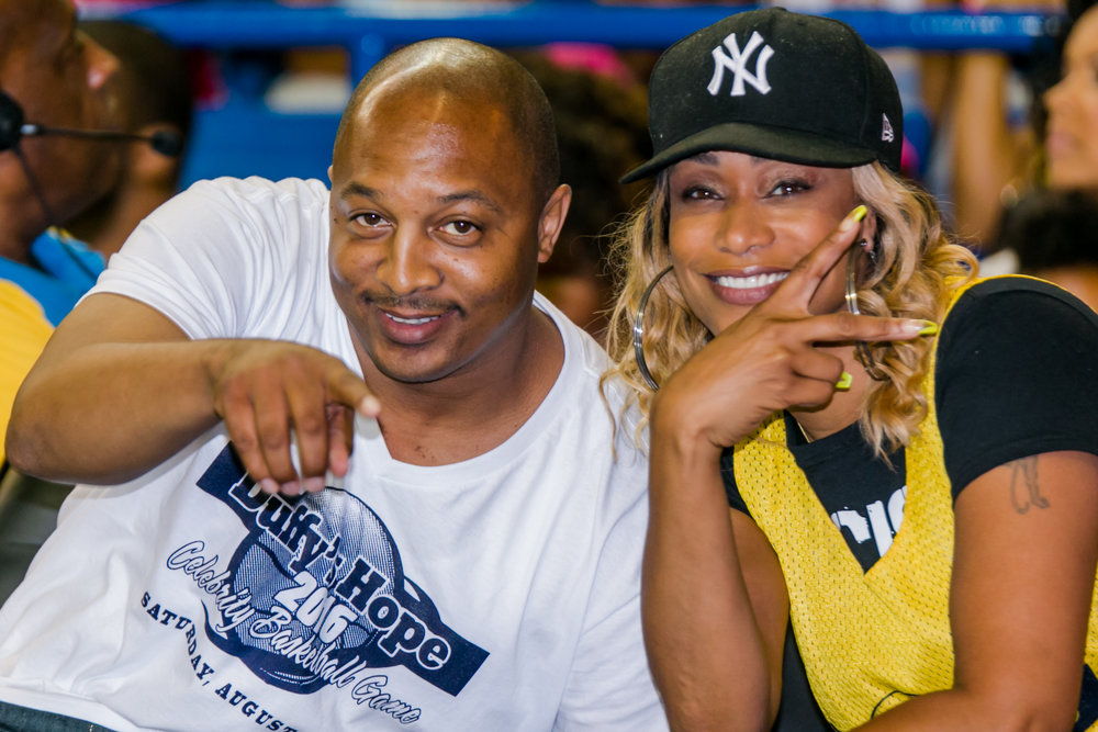Duffy Samuels posing with Tami Roman on the sidelines  Shot by Strictly GP