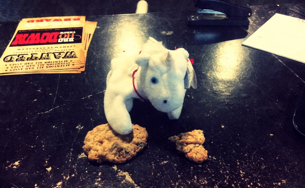 Unicorn gettin all hopped up on cookie crumbs