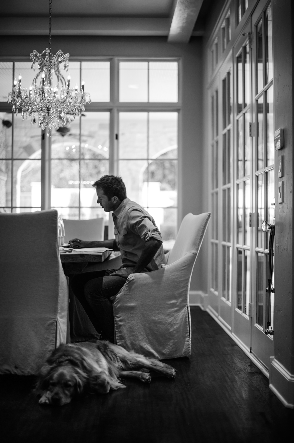 Mike Modano puts the finishing touches on his speech at home.