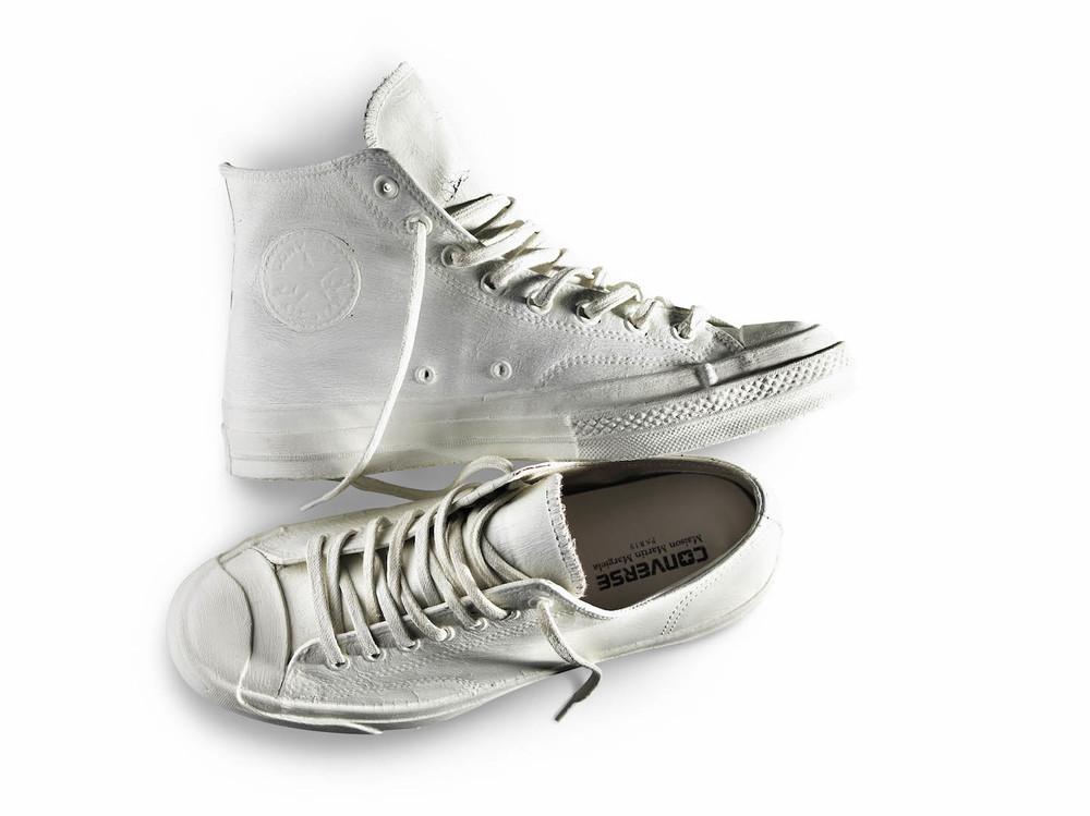 maison marginal converse sneakers