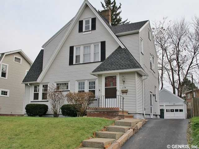 174 Yarmouth Rd, Rochester, NY 14610 MLS: R262757    |   List Price: $124,900