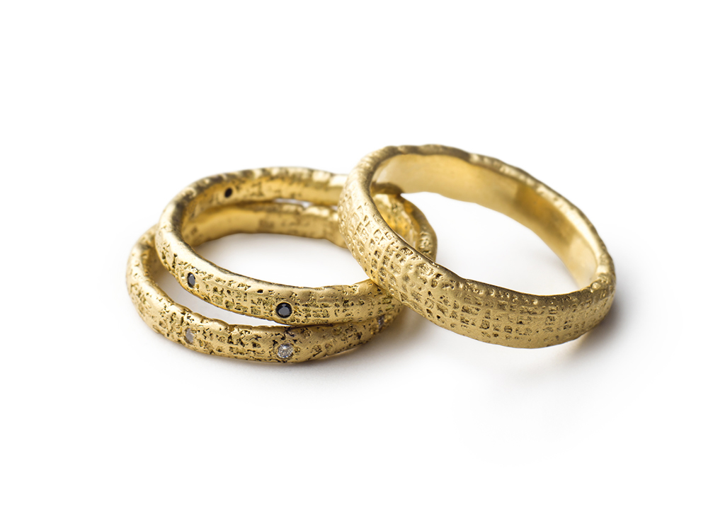 gold bands w diamnods.jpg