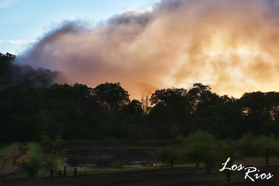 Los Rios Sunset2.jpg