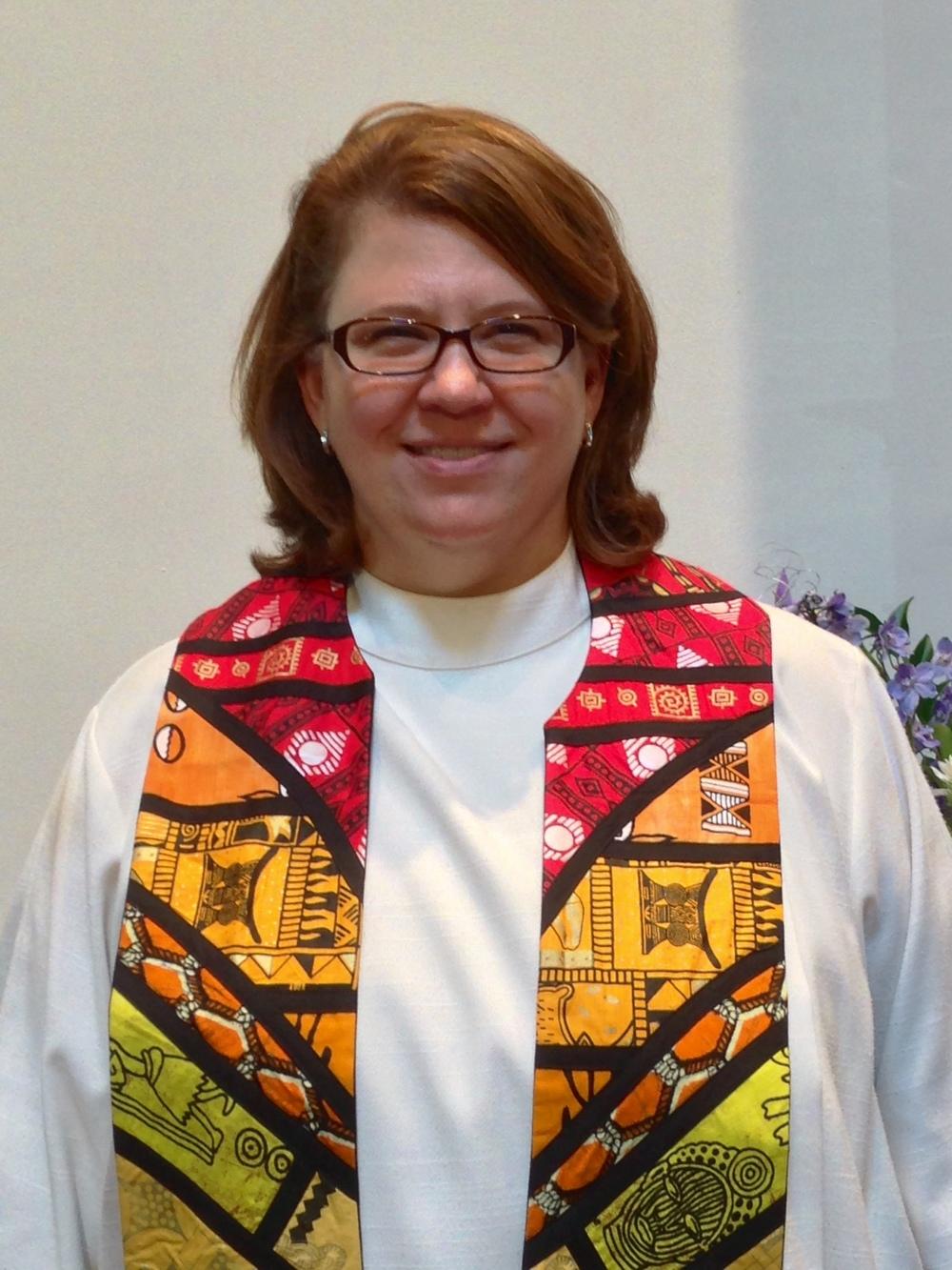 Rev LeAnn Hodges.jpg