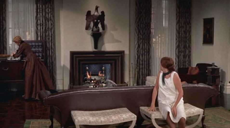 Auntie Mame Living Room 4.jpg