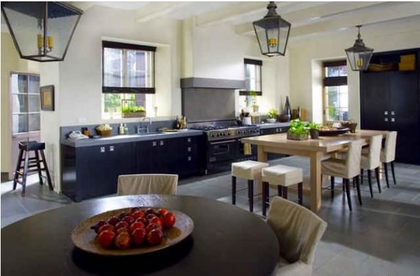 Amandas-kitchen-set-still-611x402.jpg