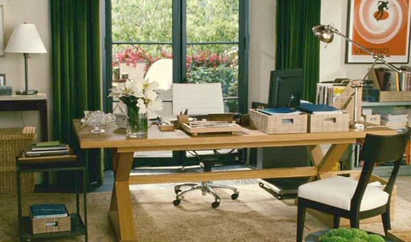 The-Holiday-movie-Amandas-office.jpg