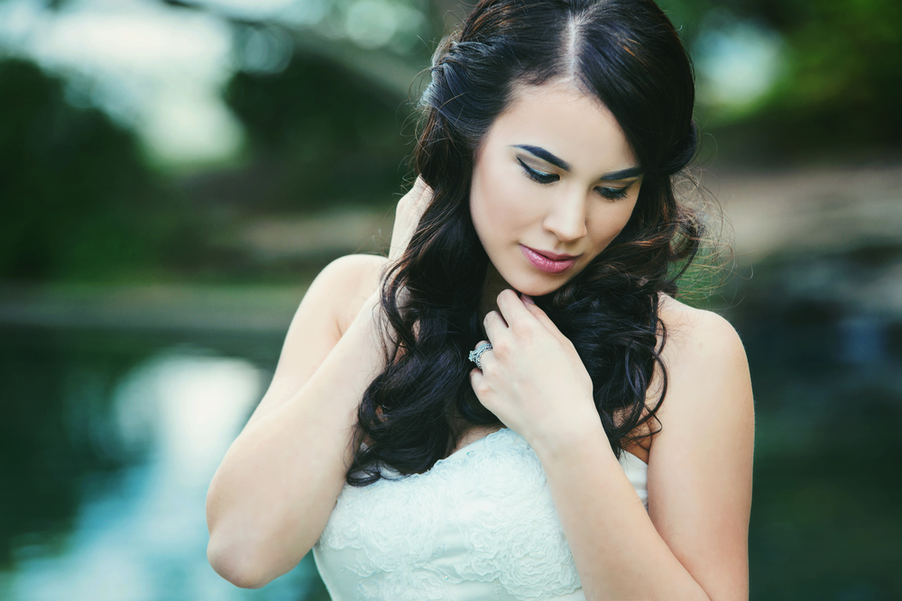 Makeup Artistry and Hairstyling by Pretty Penguin Studios  Photography by Bernadette Newberry