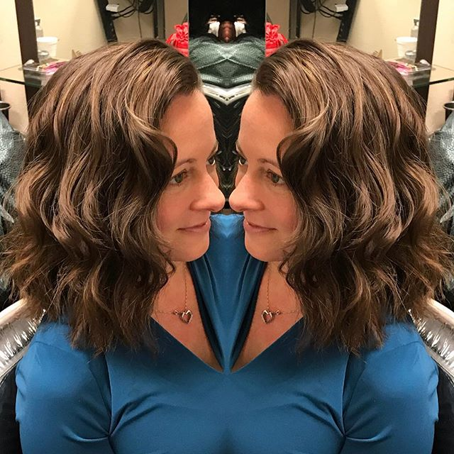 Im in love with this hair transformation I did on Angela. I love going through my camera roll and see recent hair Ive done because I always forget to post. This #haircut is one of my favorite Ive done in a while for the texture and movement of it. What do you think? Inbox or call/text me at (513)258-6983 to book your customized new look this year. I use @hanzonation shears for the best cuts. #cincinnatihairstylist #cincinnatihairdresser #cincinnatisalon #cincinnatihair #cincinnati #cincinnatiohio #hair #haircare #hairgoals #haircolor #hairtransformation #hairstylist #hairdresser #hairstyling #hairoftheday #hairofinstagram #salon #salonlife #idohair #followme #followback #followforfollow #brunette #coolhair #newyorkhair #newyorkhairstylist