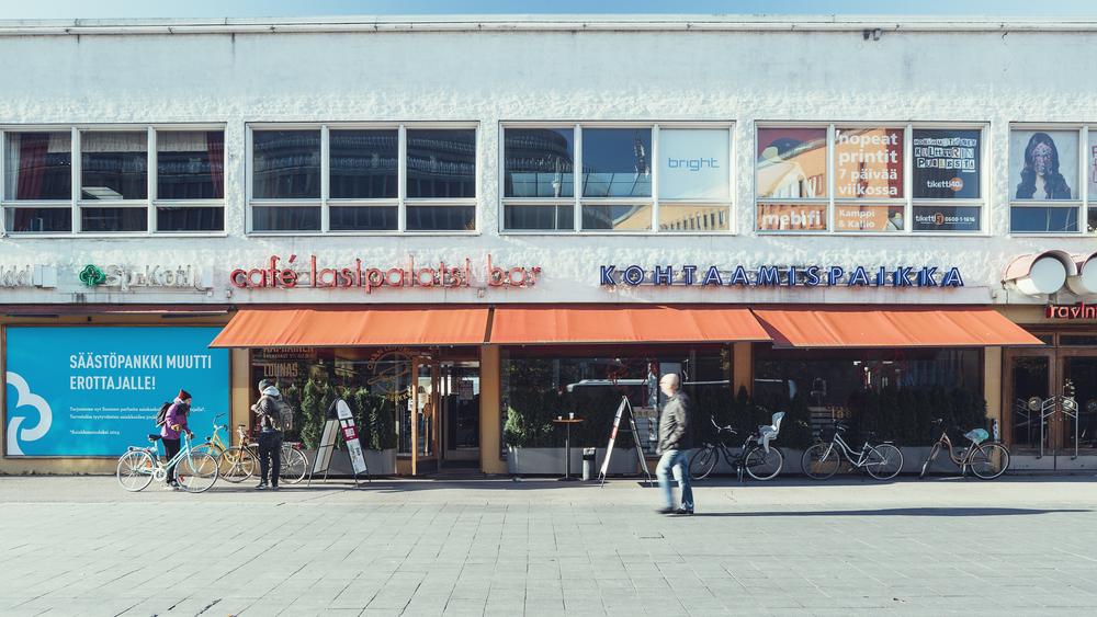 Outside Cafe Lasipalatsi