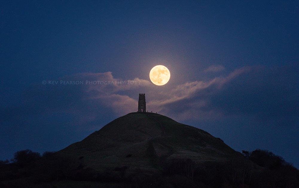 Wolf Moon -
