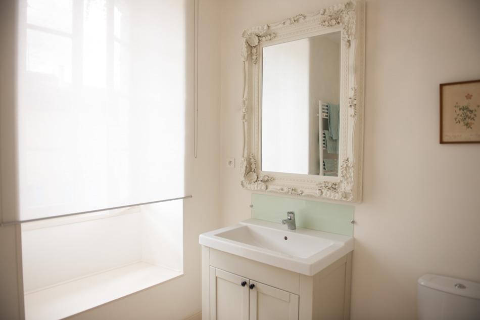 Bath1-3.jpg