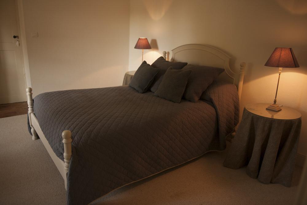 Bed3-8-2.jpg