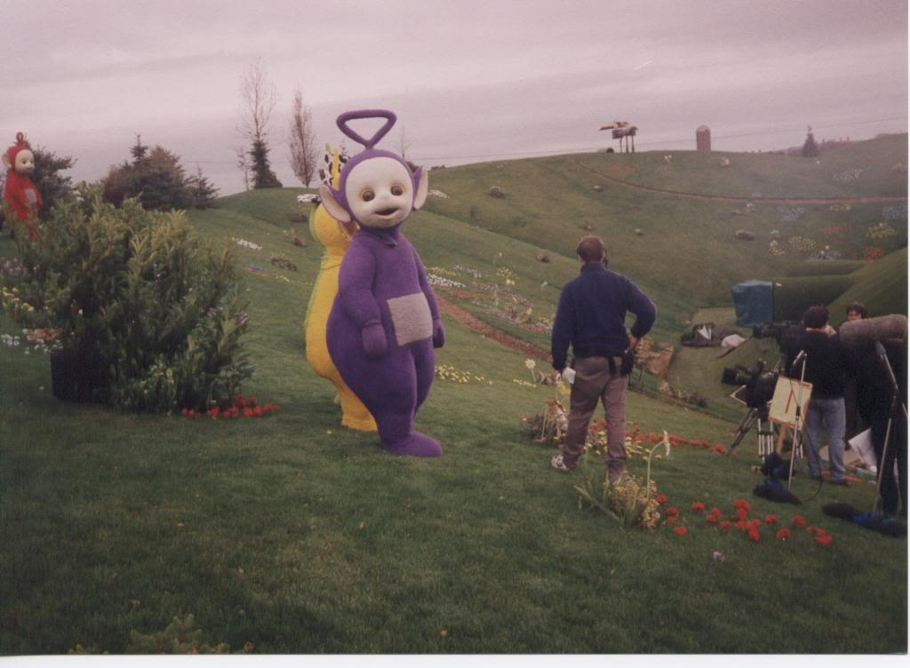 i-nanity: societycallsmeugly: s0methinggay: joealder: cancerously: lovingatyler: Oh… So this… WASN'T filmed on… ….a soundstage? Oh. This is most def creepy as fuck. sorry but can you imagine driving by one day and just seeing the fucking teletubbies out your window like they turn to look at you and you just fucking GUN IT because oHGOD THEY'RE COMING FOR YOU Welcome. Welcome to AREA FUCKING 51. Dude, mind blown man.  weird i think the red one is peeing