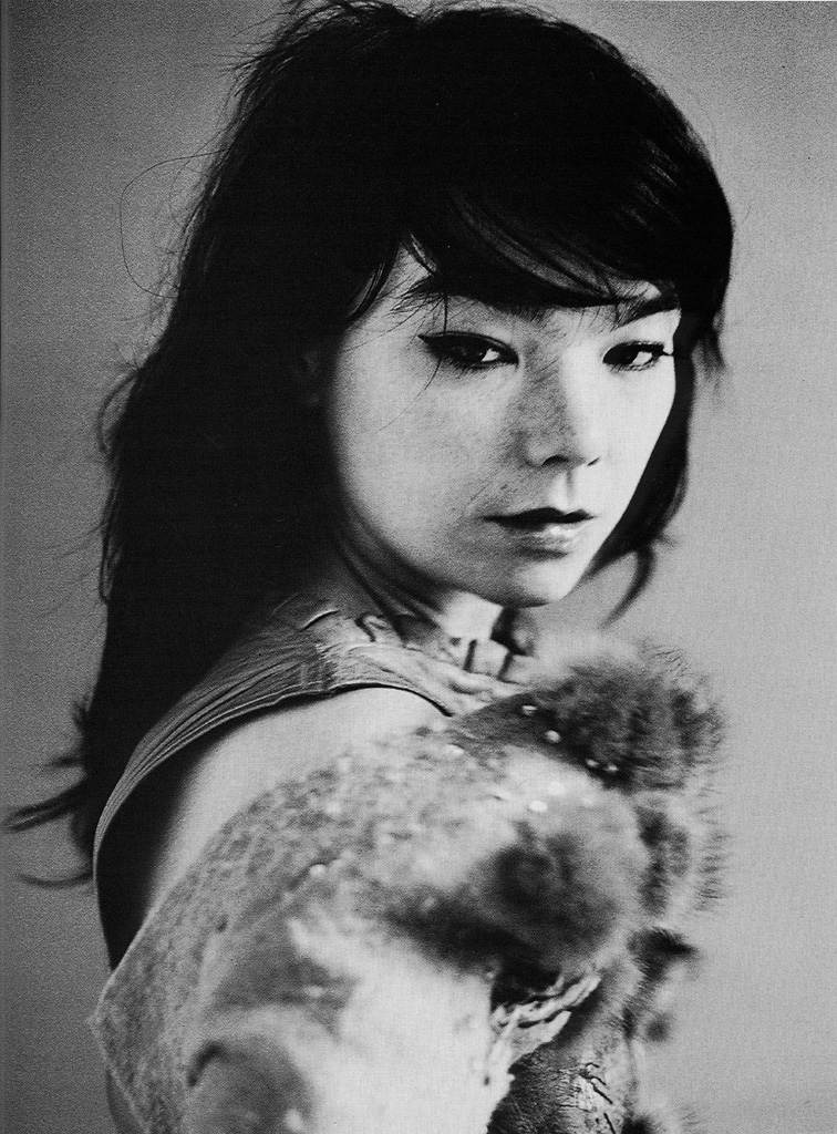 cargohoo :      awaywiththefairies :      tartanspartan :      lushlight :     (via  elvisdepressley )   Have you ever seen a photo of Bjork that you don't like?