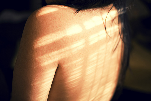 the sun scars my back (via Capturing moods)