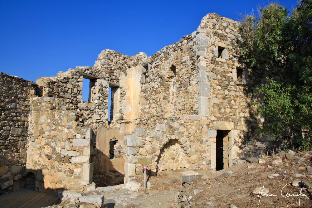 Ruins ruins and ruins!