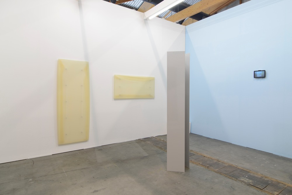 Super Dakota's booth at Art Brussels © Art Viewer