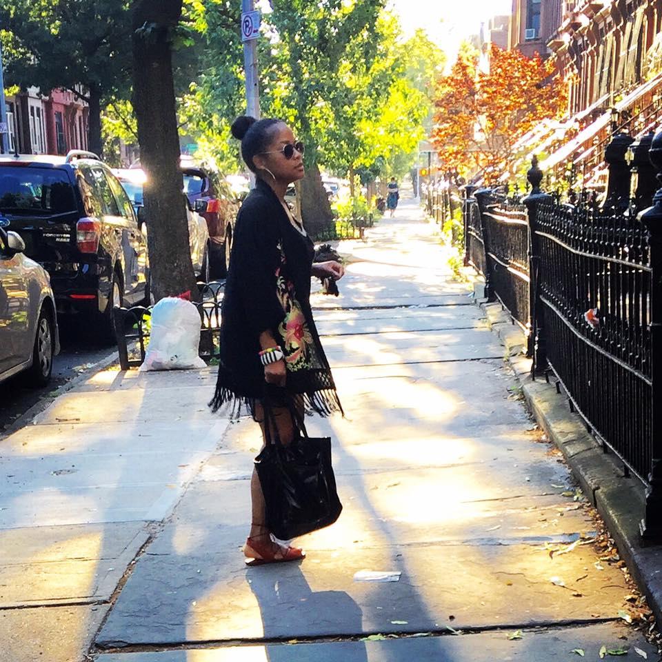 Fringe kimono jacket from Forever21, Le Sport Sac tote, Bernardo suede ballet flats