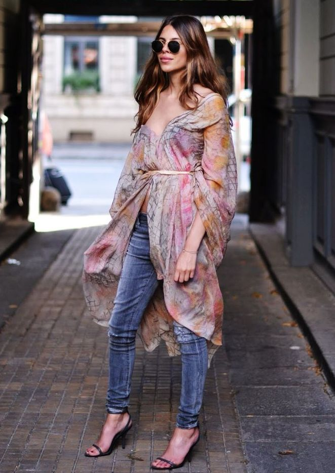 This summer frock looks like it witnessed many brunches and summer soirees. Now to bringing it into fall with pencil denim and strappy sandals gives it more mileage. Photo via  Glamradar